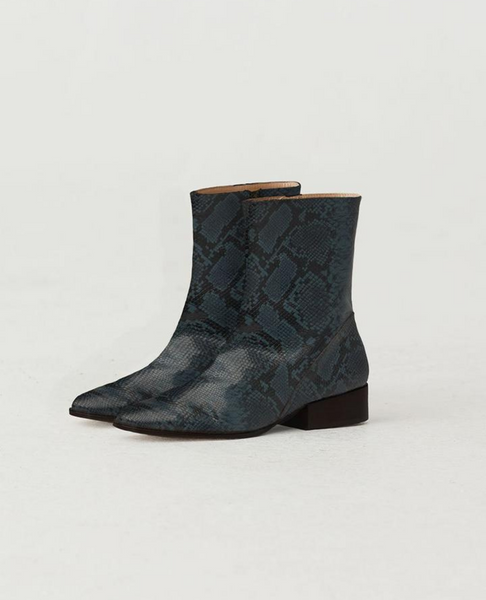 PALOMA WOOL / Edna Boot / Dark Navy