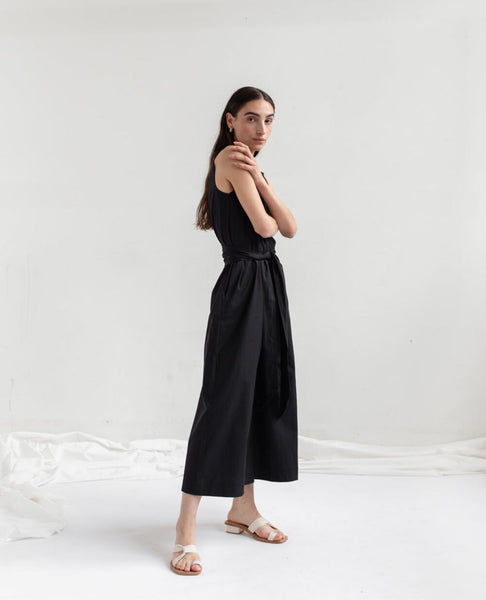OPEN AIR MUSEUM Tie Jumpsuit / Black