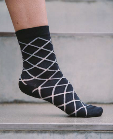 HENRIK VIBSKOV Checked Femme Socks / Black Checks
