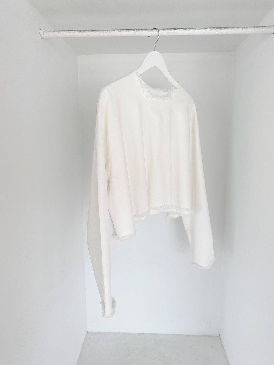 ASHLEY ROWE Long Sleeve / White