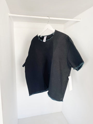ASHLEY ROWE Oversized Tee / Black