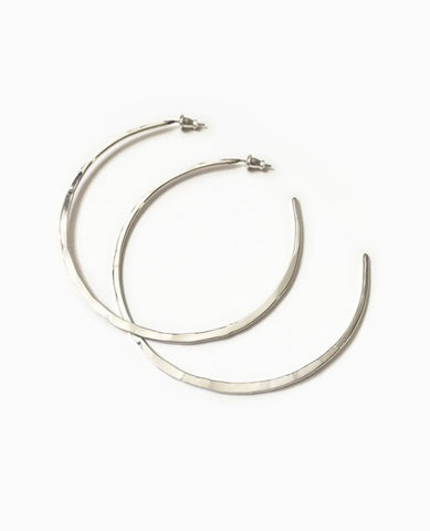 SUAI Large Hammered Hoops / Silver