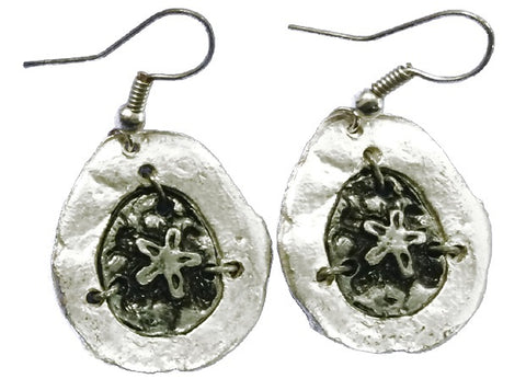 Antique Silver Engraved Sand Dollar Earrings (E674 S-AS)
