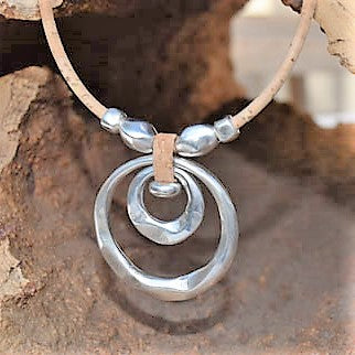 Silver Plated Zinc Circle Necklace (N64)