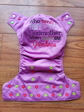 Couche Lavable ''One Size'' d'Occasion - ''Who Needs a Fairy Godmother When There Are Grandmas''