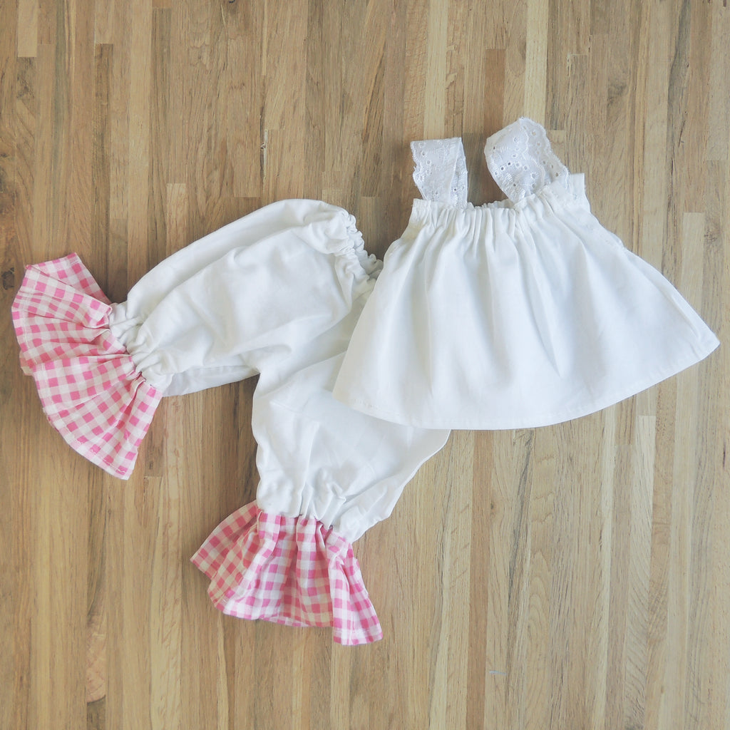 Gingham pink and white