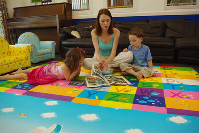 Dwinguler Playmat is ideal for kids from ages 0 to 7 years.