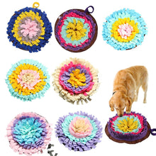 Afbeelding in Gallery-weergave laden, Dogs Snuffle Mat Pet Leak Food Anti Choking Mat Cat Dog Training Blanket Nose Work Toy Pet Slowing Feeding Intelligence Mat