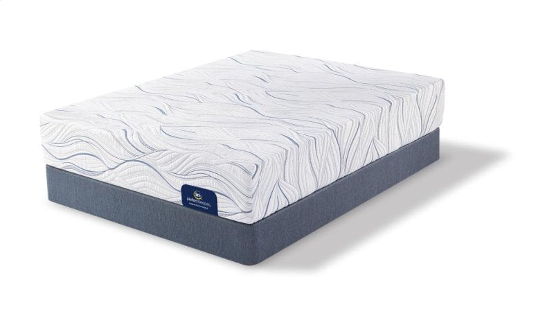 The Perfect Sleeper ChetWood Tight Top Plush by Serta