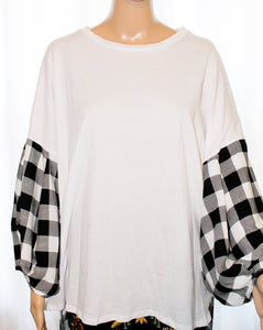 Checker Trim Cotton Top
