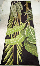 Runner mat - Black Botanical