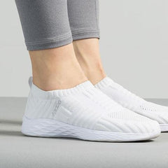 Slip-on Walking Shoes