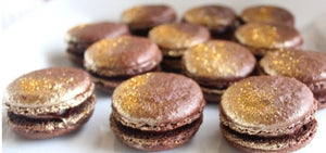 Macaron Gold Double Chocolate Gift 12 pc