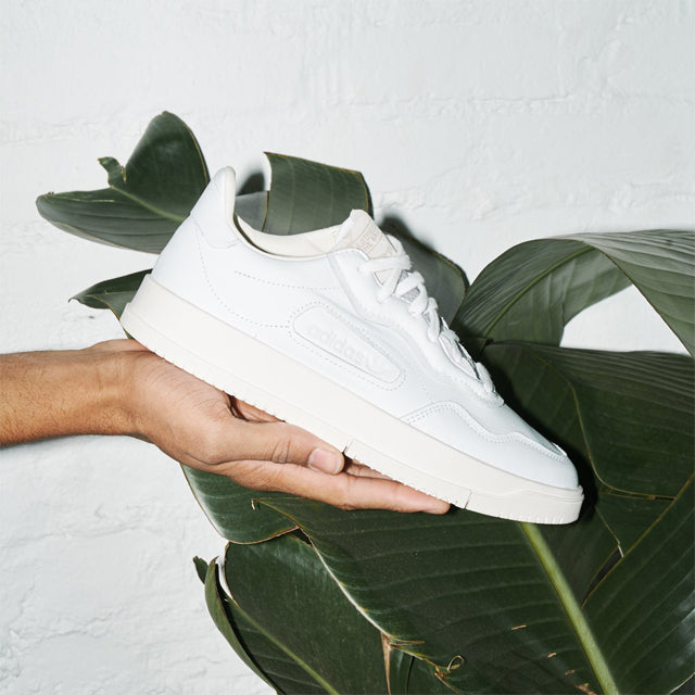 A Reimagined Crisp, Clean Tennis Style