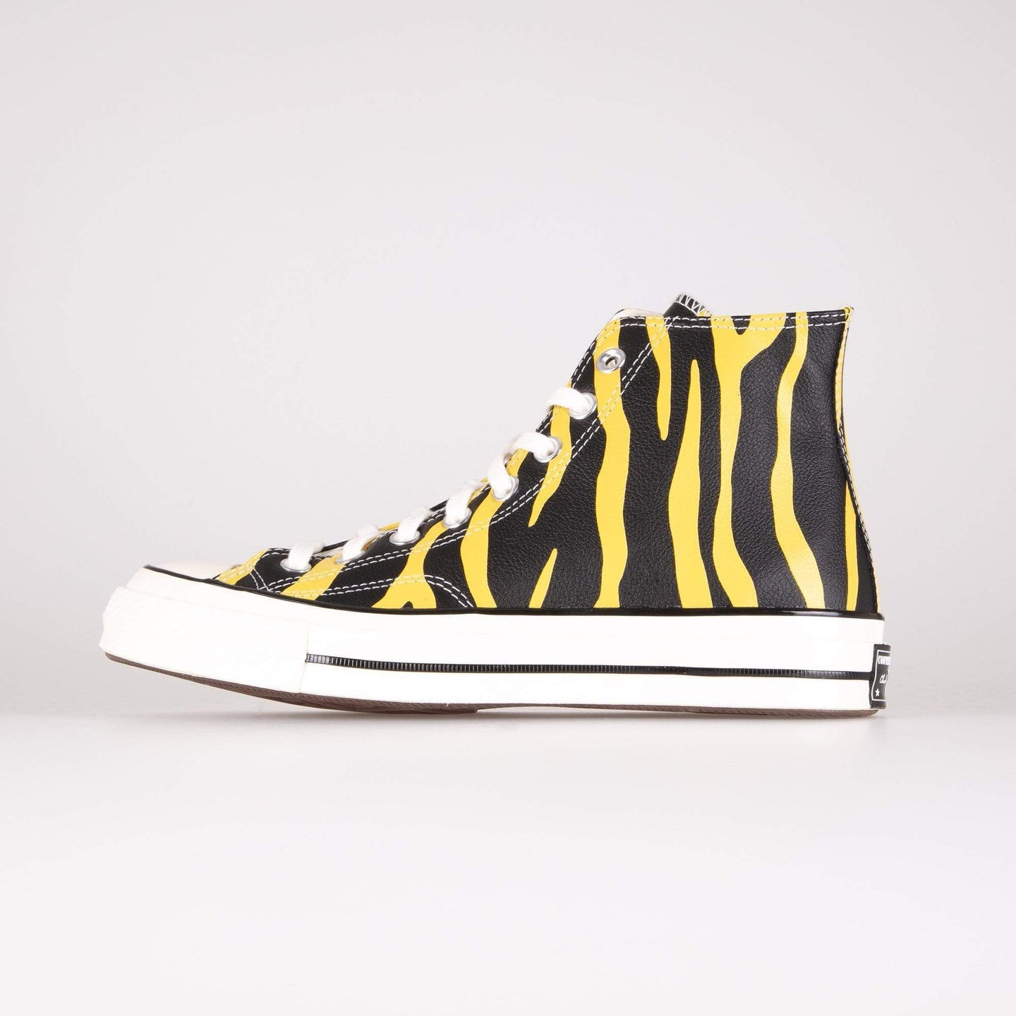 Converse Chuck 70 Hi Leather Archive Print - Vivid Sulfur / Black UK 7 165965C7 888757555956 Converse Trainers