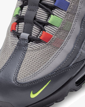 Nike Air Max 95 SE 'Evolution Of Icons' - Light Charcoal / University Red Nike Trainers