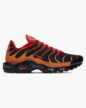 Nike Air Max Plus - Black / Vivid Orange / Chile Red Nike Trainers