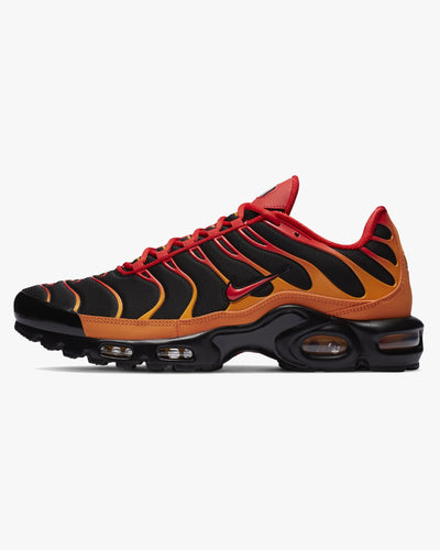 Nike Air Max Plus - Black / Vivid Orange / Chile Red UK 7 DA15140017 Nike Trainers