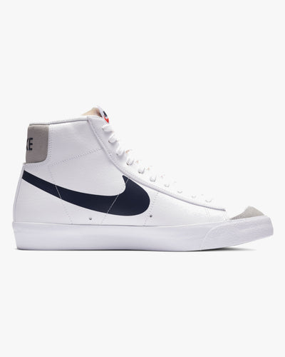Nike Blazer Mid '77 - White / Midnight Navy Nike Trainers