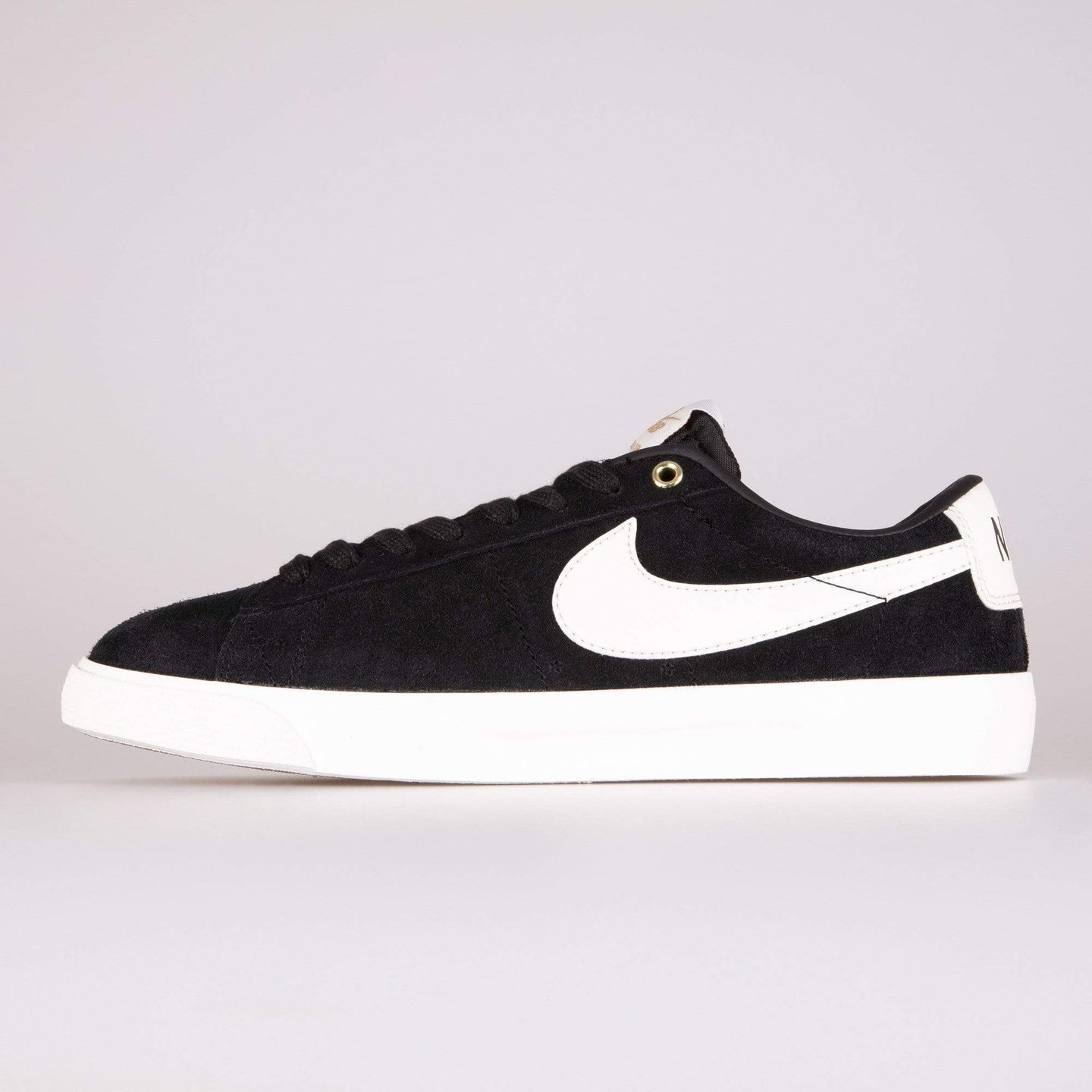 Nike SB Zoom Blazer Low GT - Black / Sail UK 7 7049390017 886059306412 Nike SB Trainers
