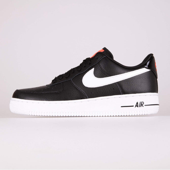 Nike Wmns Air Force 1 '07 SE - Black / White UK 3 CI34460013 193154406405 Nike Trainers
