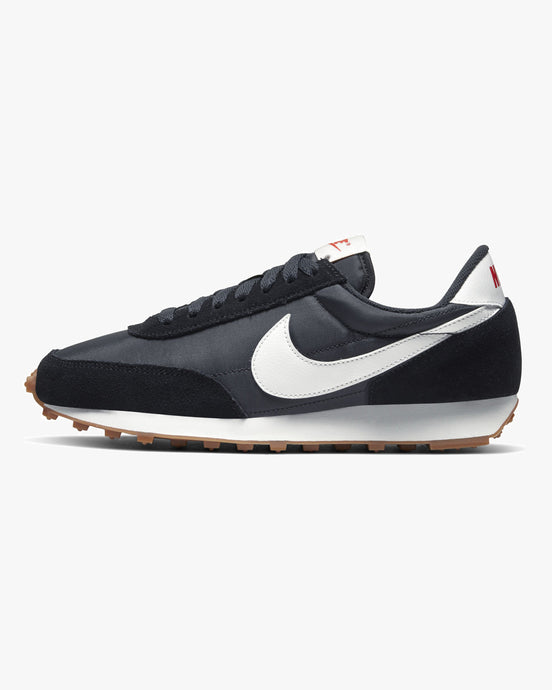 Nike Wmns Daybreak - Black / Off Noir / Gum Medium Brown UK 5 CK2351-0015 193151699961 Nike Trainers