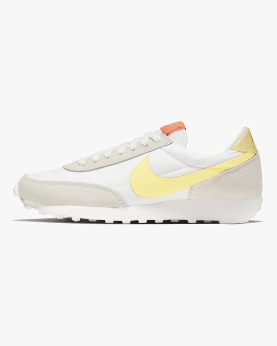 Nike Wmns Daybreak - Pale Ivory / Bright Mango / Light Zitron UK 3 CK2351-1043 194501761260 Nike Trainers
