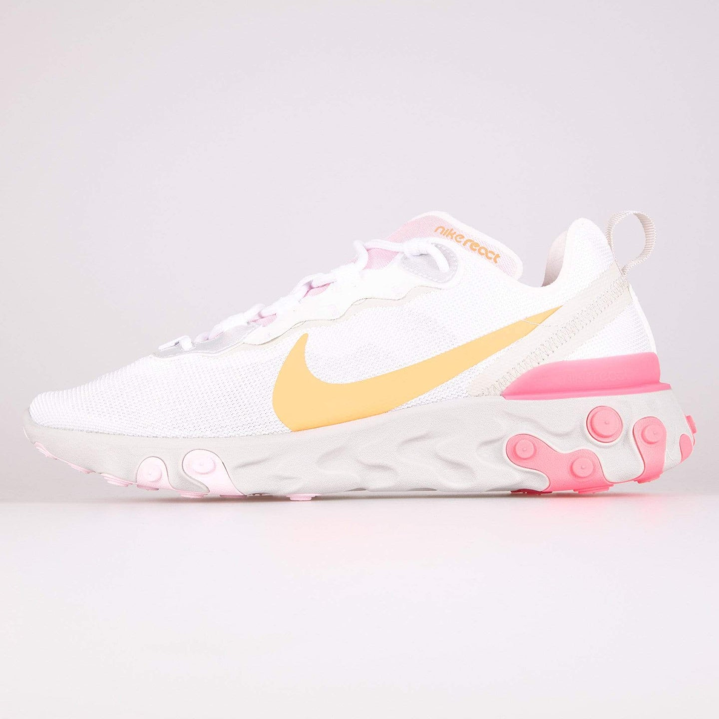 Nike Wmns React Element 55 - White / Digital Pink / Hyper Crimson UK 5 CV30351005 193658325257 Nike Trainers