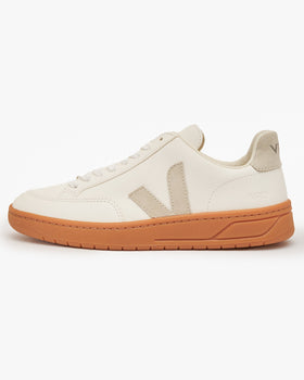 Veja V-12 Easy Leather Sneakers - Extra White / Natural / Gum UK 7 XD051821B7 3611820050693 Veja Trainers