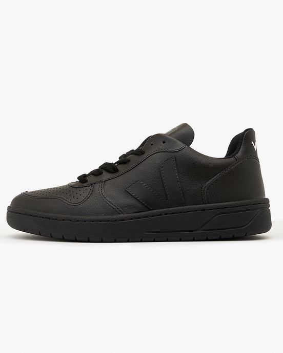 Veja Womens V-10 CWL Vegan Sneakers - Black / Black Sole UK 4 VXW0725624 Veja Trainers