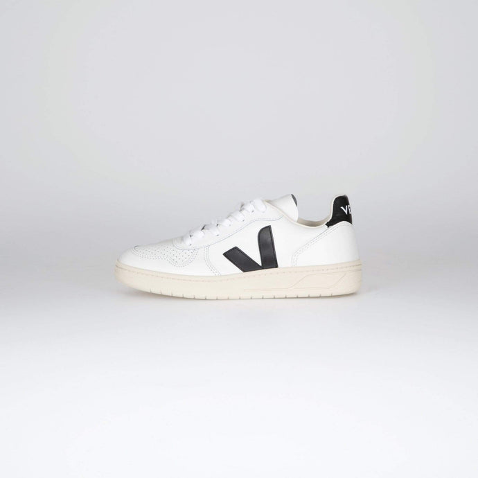 Veja Womens V-10 Leather Sneakers - Extra White / Black UK 3 VXW0200053 3611820302549 Veja Trainers