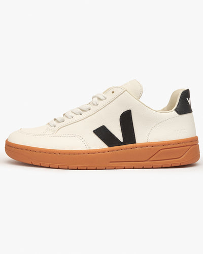 Veja Womens V-12 Easy Leather Sneakers - Extra White / Black / Gum UK 3 XD052346A3 3611820050778 Veja Trainers