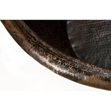 "Load image into Gallery viewer, 67"" Hammered Copper Single Slipper Bathtub"