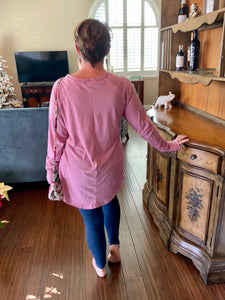 Vintage Row Edge Oversized Tunic Top with Thumb Holes in Mauve