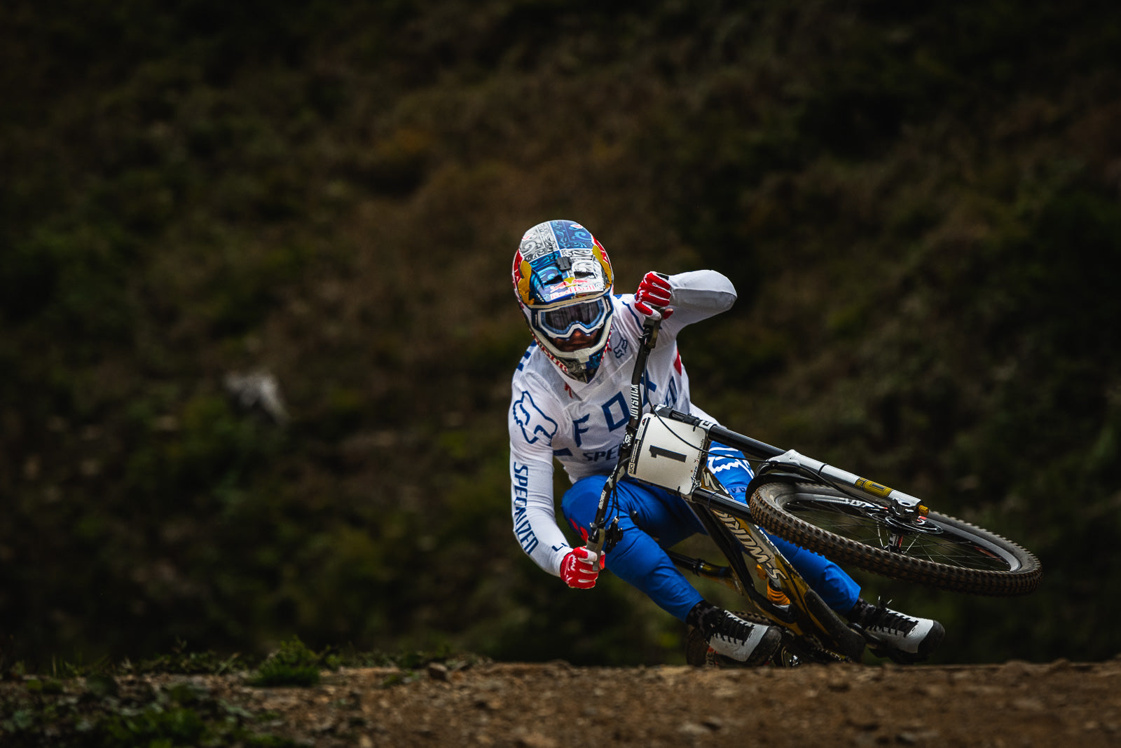 Downhill World Championship: Thrice a Rainbow for Loic Bruni