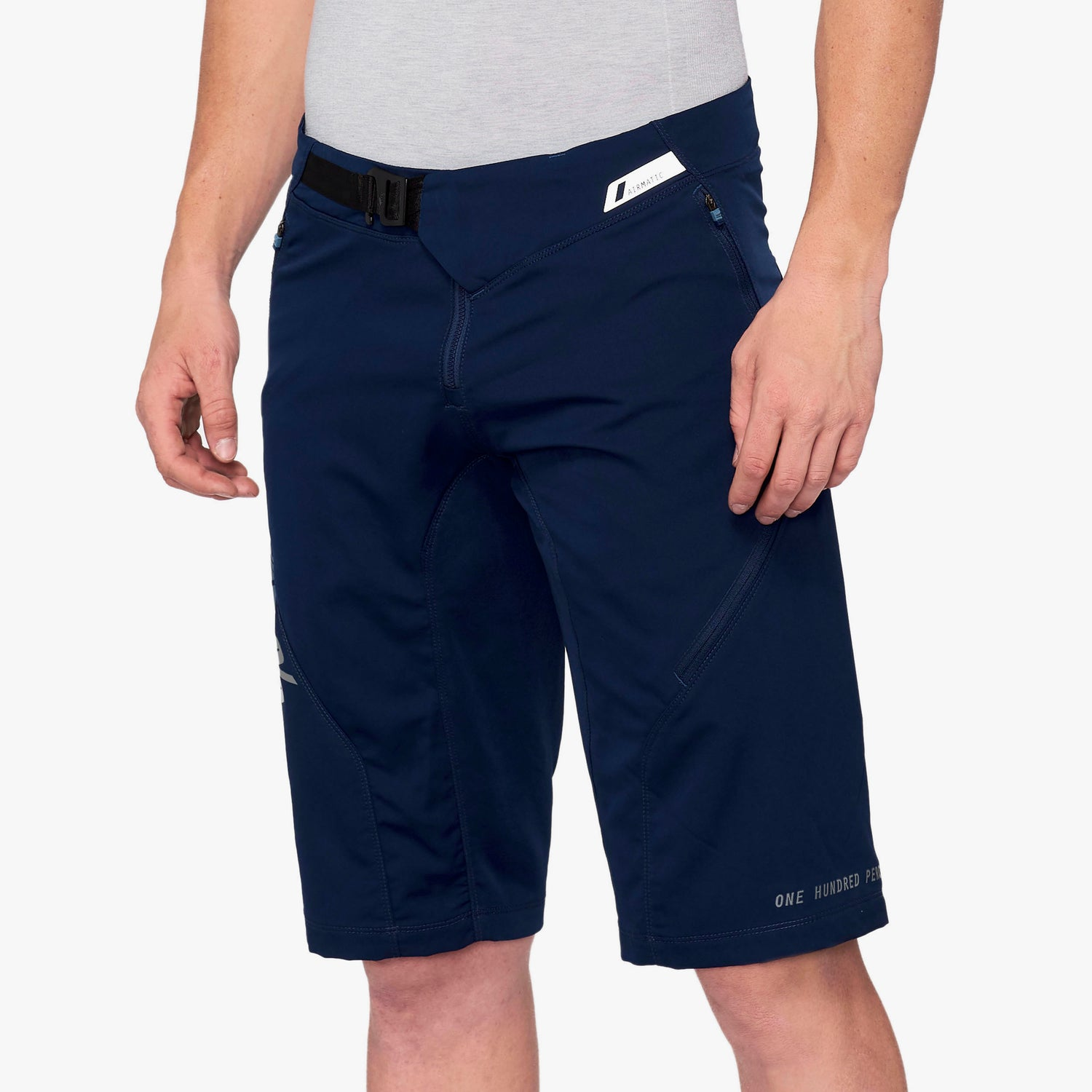 AIRMATIC Shorts - Navy