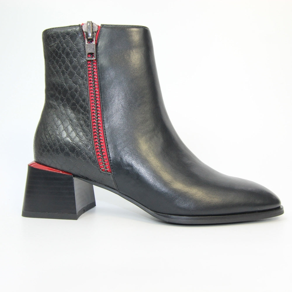 Women's Lunar Portia Ankle Boot Black