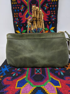 FULLGRAIN OLIVE LEATHER WRISTLET CLUTCH