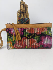 WRISTLET CLUTCH CAFE LEATHER ROSES
