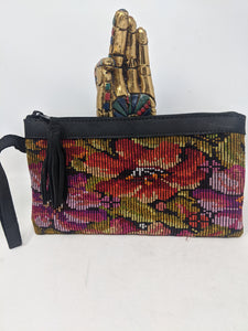 WRISTLET CLUTCH BLACK LEATHER HIBISCUS FLOAL