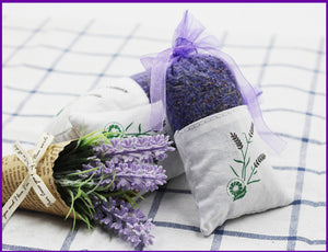Load image into Gallery viewer, Metene 10 Pack Scented Dried Lavender Buds Aromatic Air Fresh Sachets Dry Flowers Herb Home Decoration Fragrant Sachets
