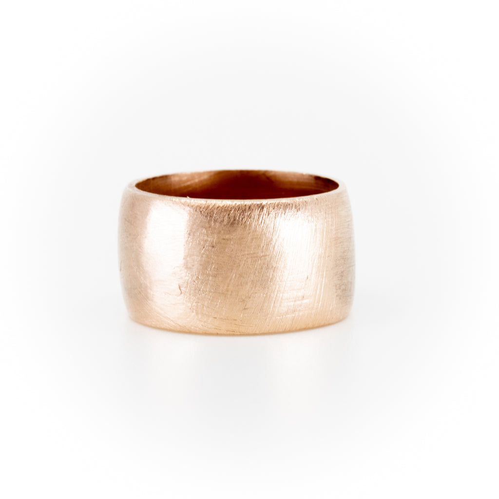 Gravis Thick Gold Band