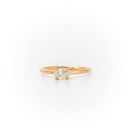 Stello With Marquise Diamond Gold Ring