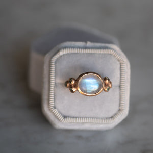 Unicus With Moonstone & Accent Sapphires Gold Ring
