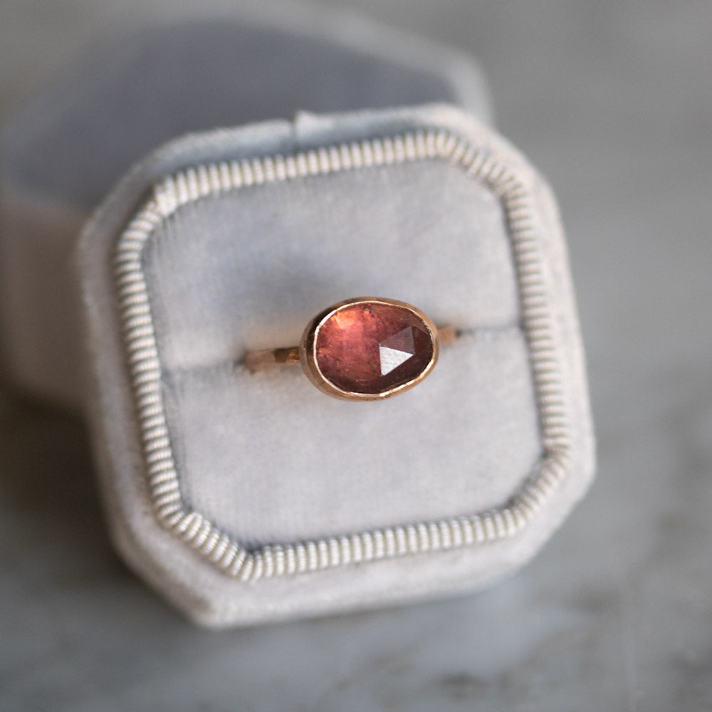 Unicus with Rich Pink Tourmaline Gold Ring