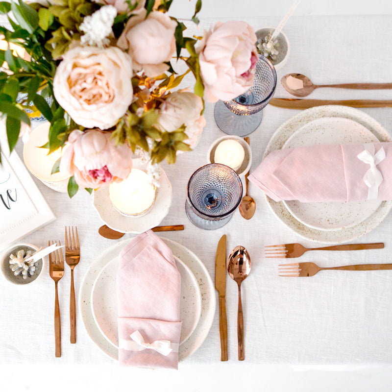 5 Trendy Wedding Napkin Folds