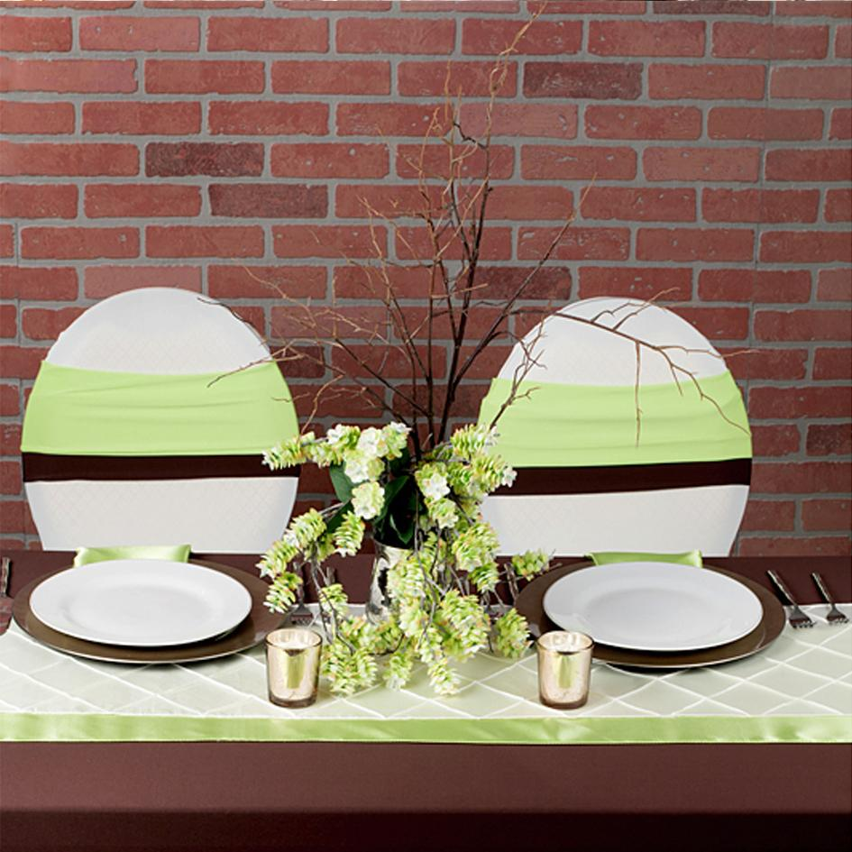 Chocolate and Apple Green: A Surprising Color Palette!