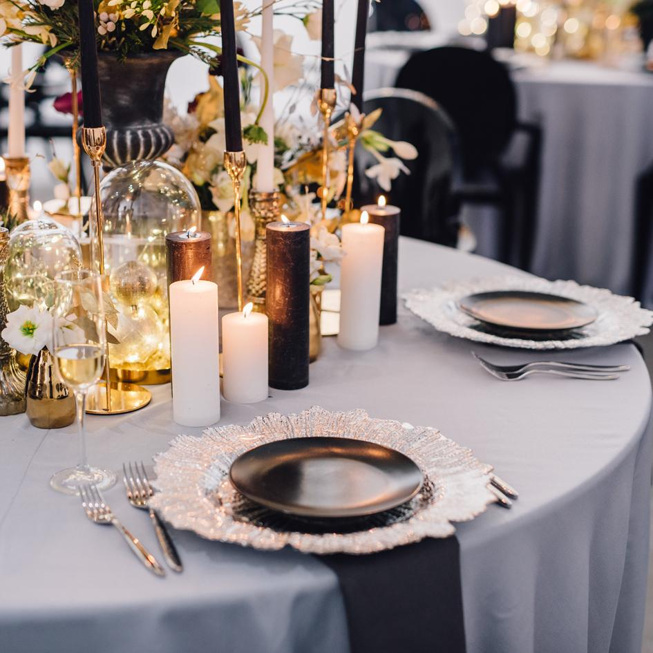 How to Find the Right Wholesale Wedding Linens– CV Linens