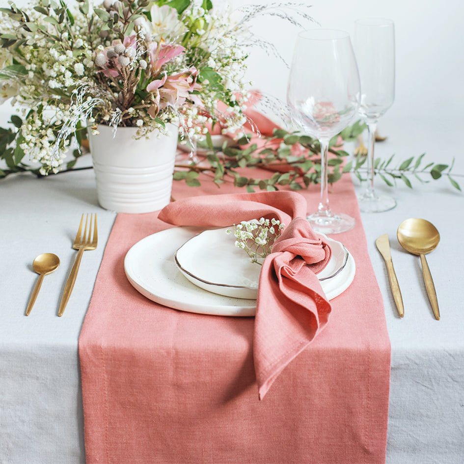 Trend Alert! The Coral Tablecloths Craze