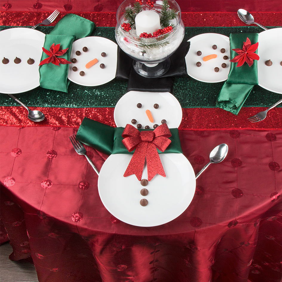 Why You Need a Red Round Tablecloth Before Christmas